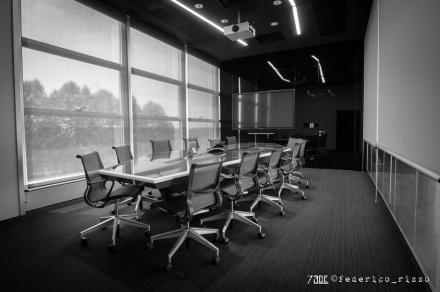 73de__spectre-meeting-room-1